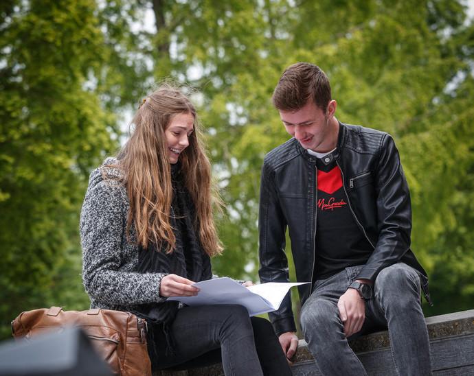 Dating rond in College s werelds beste dating coach